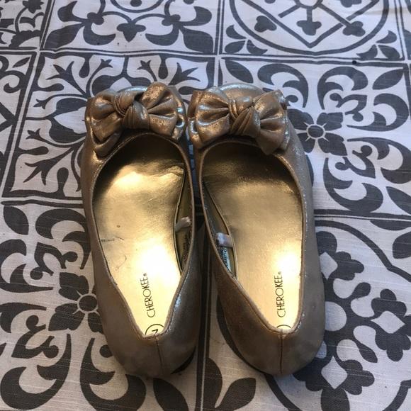 Target Girls Gold Bow Flats | Poshmark